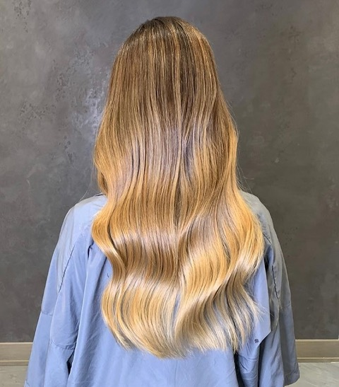 Beach Wave Hair ~ The Quick and Easy Method
